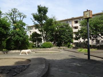 赤羽台団地 8の字公園