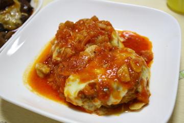 トマト煮のチーズハンバーグ