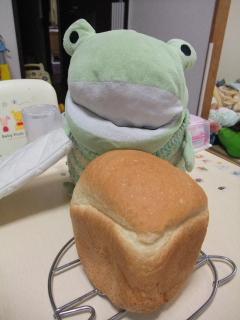 かえるベーカリー、食パン完成